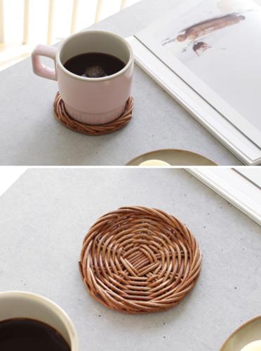 라탄 컵 받침 티 코스터1P [제작 대량 도매 로고 인쇄 레이저 마킹 각인 나염 실크 uv 포장 공장 문의는 네이뽕]